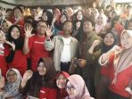 mahfud-md-berfoto-bersama-peserta-sekolah-pancasilamuda_20180930_132416.jpg