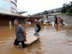 mal-cipinang-indah-terendam-banjir_20200101_195623.jpg