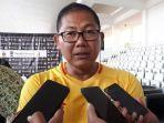 manajer-bhayangkara-fc-akbp-sumardji-saat-diwawancarai-setelah-acara-penandatangan-kontrak.jpg