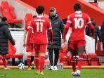 manajer-liverpool-jerman-jurgen-klopp-mengawasi-setelah-peluit-akhir-pertandingan-lawan-fulham.jpg