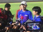 manajer-pelatih-timnas-indonesia-shin-tae-yong-saat-diwawancarai.jpg