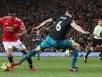 manchester-united-marcus-rashford-vs-southampton-wesley-hoedt_20171231_044222.jpg