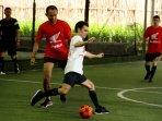 marc-marquez-dan-pedrosa-bermain-futsal-di-jakarta_20160213_202630.jpg