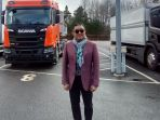 marketing-director-united-tractors-loudy-irwanto-ellias_20180427_110725.jpg