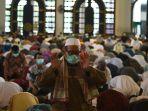masjid-al-akbar-tetap-gelar-salat-jumat_20200328_145305.jpg