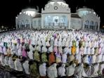 masjid-baiturrahman-banda-aceh_20160308_065653.jpg
