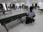 masjid-hasyim-asyari-disiapkan-untuk-isolasi-pasien-covid-19_20210625_221525.jpg