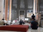 masjid-istiqlal-kembali-menggelar-salat-jumat.jpg