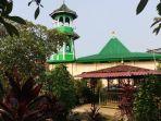 masjid-kali-pasir-dibangun-th-1576-masjid-tertua-di-tangerang_20210421_132923.jpg