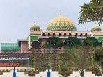 masjid-raya-baitul-makmur-di-tanjung-uban-bintan.jpg