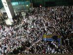 Banyak Simpatisan yang Jemput di Bandara Soekarno-Hatta, Rizieq: Saya Terkejut