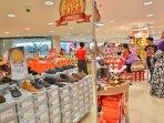 matahari-department-store-plaza-balikpapan-sepi-pengunjung_20160330_104424.jpg