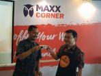 maxx-corner_20170818_094042.jpg