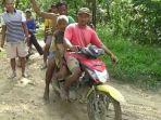Kisah Mbah Lasimin 2 Hari Hilang di Hutan, Ditemukan Lemas Diguyur Hujan Seharian
