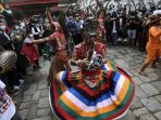 melihat-festival-indra-jatra-di-nepal_20210918_174257.jpg<pf>melihat-festival-indra-jatra-di-nepal_20210918_173959.jpg<pf>melihat-festival-indra-jatra-di-nepal_20210918_173829.jpg<pf>melihat-festival-indra-jatra-di-nepal_20210918_173910.jpg<pf>melihat-festival-indra-jatra-di-nepal_20210918_173600.jpg