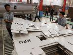 melihat-produksi-perdana-kotak-dan-bilik-suara-pemilu-2019_20180930_184812.jpg