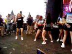 menari-erotis-di-acara-garut-culture-fest.jpg