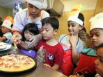 mengisi-liburan-dengan-membuat-pizza_20170712_201315.jpg