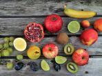 mengonsumsi-buah-dan-sayur.jpg