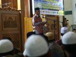 menkopolhukam-hadiri-doa-bersama-di-masjid-agung-natuna_20200206_231813.jpg