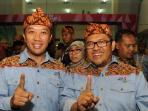 menpora-imam-nahrawi-berfoto-dengan-ketua-umum-pb-pon-xix-ahmad-heryawan_20160922_012411.jpg