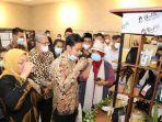 Ketika Gibran Dampingi Menaker Ida Fauziyah Resmikan Barista Jamu di BLK Surakarta