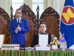 menteri-perdagangan-indonesia-agus-suparmanto-dan-presiden-joko-widodo-mem.jpg