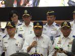 menteri-perhubungan-ri-budi-karya-sumadi-usai-menutup-posko-angkutan-lebaran-2019.jpg