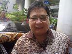 menteri-perindustrian-airlangga-hartarto_20170808_220651.jpg