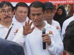 menteri-pertanian-amran-sulaiman-konpers-toko-tani-indonesia_20160524_150838.jpg