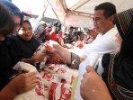 menteri-pertanian-launching-toko-tani-indonesia-di-kota-bandung_20160517_171313.jpg
