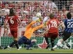 milito-gol-di-final-champion-2010-2.jpg