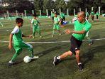 milo-football-clinic-day_20170422_225039.jpg