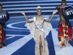5 Potret Memukau Zozibini Tunzi, Miss Universe 2019 Saat Hadiri Ajang Puteri Indonesia 2020