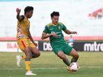mitra-kukar-fc-vs-sriwijaya-fc-laga-berakhir-imbang_20191114_082510.jpg