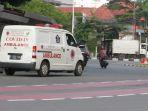 mobil-ambulance-bawa-pasien-covid-19_20201203_065740.jpg