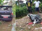 mobil-dinas-pemkab-mempawah-kecelakaan-di-tebas-dua-pemotor-dikabarkan-tewas.jpg