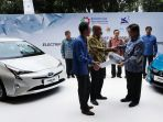 mobil-listrik-toyota-prius-plug-in-hybrid-electric-vehicle_20180704_161033.jpg