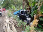 Mobil Tahu Bulat Hantam Pohon Pisang, Kenek Tersiram Minyak Goreng, Diduga Mati Mesin