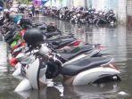 motor-terendam-banjir.jpg