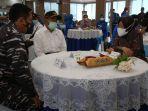 Temui Keluarga Kru Kapal Selam KRI Nanggala, Menko PMK: Kita Terus Berupaya