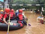 Perumahan Bumi Nasio Indah Bekasi Masih Terendam Banjir 1,5 Meter, BPBD Masih Evakuasi Warga