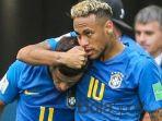 neymar-jr-menyelamati-philippe-coutinho_20180625_144406.jpg