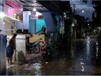 Banjir di Cipinang Melayu Mulai Surut, Beberapa Warga Sudah Bersihkan Rumahnya