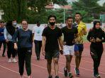 olahraga-lari-atau-jogging-sebaiknya-tidak-pake-masker_20201024_085920.jpg