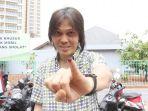 once-mekel-nyoblos-di-tps-48-pondok-pinang-kebayoran-lama_20190418_181351.jpg