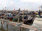 pabrik-penyuplai-ikan-tutup-harga-ikan-menjadi-turun_20200406_182604.jpg