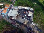 pabrik-petasan-di-tangerang-terbakar_20171026_221647.jpg