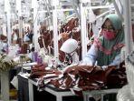 pabrik-tekstil-pt-pan-brothers-produksi-1-juta-masker-per-hari_20200421_203855.jpg
