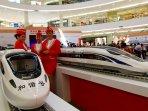 pameran-kereta-cepat-china_20150813_202722.jpg